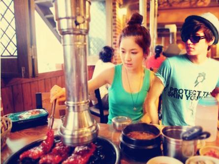 At Cafe~ ^^